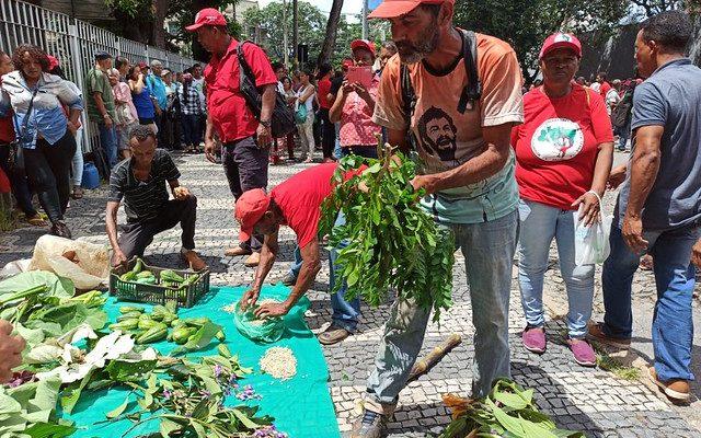 Audiência de conciliação termina com vitória para acampamentos do MST em Minas