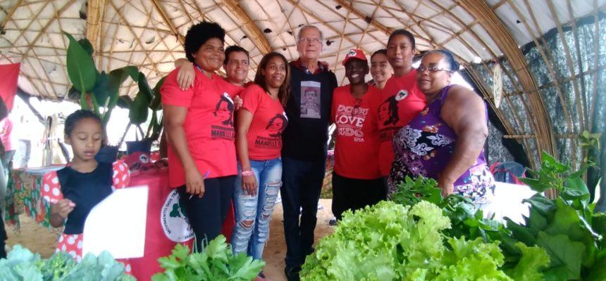 José Dirceu visita acampamento Marielle Vive (SP) e se soma ao Plano Nacional de plantio de árvores do MST