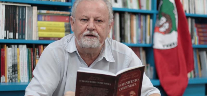 Dia dos Livros Vermelhos! João Pedro Stedile fala sobre o Manifesto do Partido Comunista