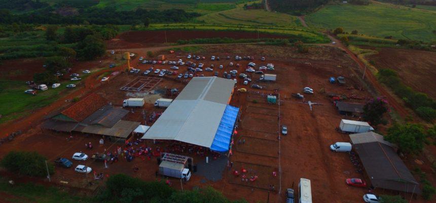 Festa de 11 anos de comunidade do MST reúne mais de mil pessoas em Londrina (PR)