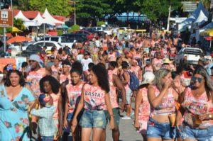 MST celebra a resistência das mulheres no Carnaval da Bahia