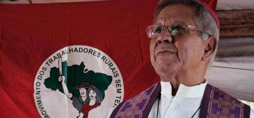"""Governantes têm """"coração de pedra"""" e precisam tornar-se mais humanos, diz Bispo do Paraná"""