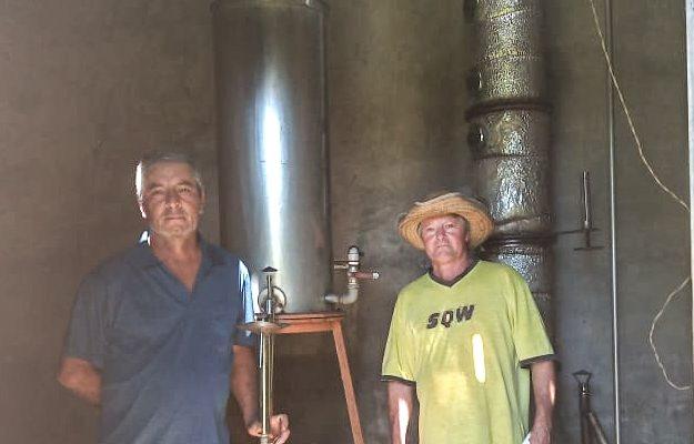 Assentamento do MST produz álcool 70 para hospital em Santa Catarina