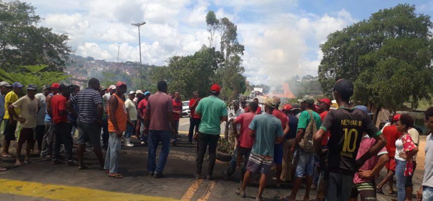 MST protesta contra descaso do governo federal que vem causando mortes na BR 101
