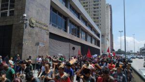 MST e FLM fecham Ministério da Economia, em São Paulo