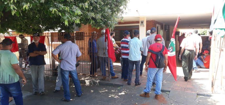 MST protesta no Itesp em defesa da Reforma Agrária, no Pontal do Paranapanema (SP)