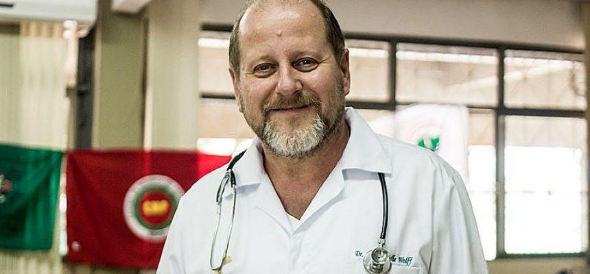 """""""Nada de pânico, mas nada de negação"""", diz médico sobre o coronavírus"""