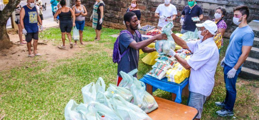 MST doa 12 toneladas de arroz orgânico no combate à fome