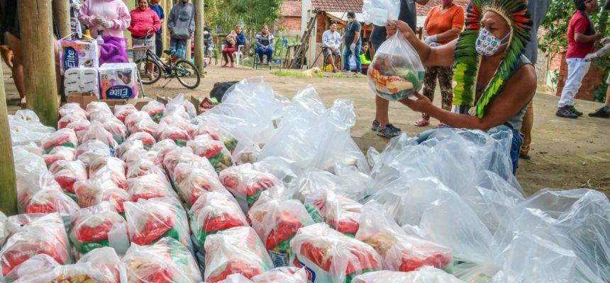 MST realiza doações para indígenas em Porto Alegre