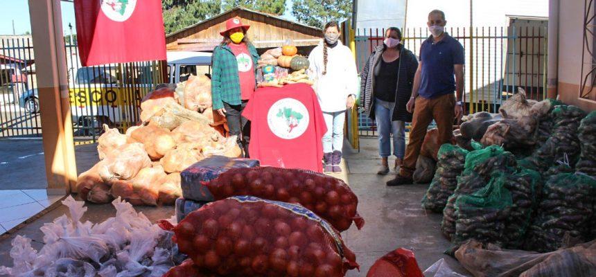 MST doa 14,3 toneladas de alimentos em Santa Catarina