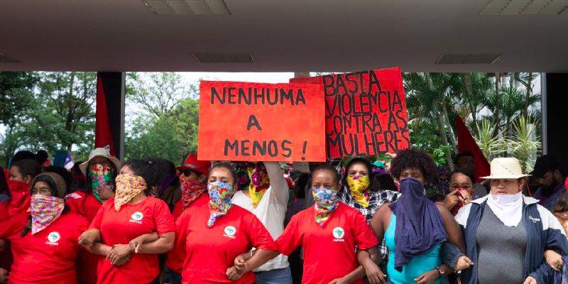 """""""Em território Sem Terra não pode ter violência contra mulheres"""", afirmam dirigentes do MST"""