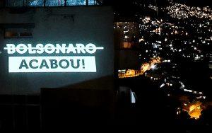 """""""Acabou, Bolsonaro"""": Panelaço mobiliza cinco regiões do país"""