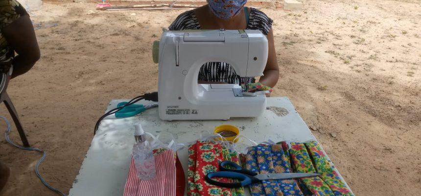 Contra o coronavírus, MST produz e distribui máscaras e sabão líquido no Piauí