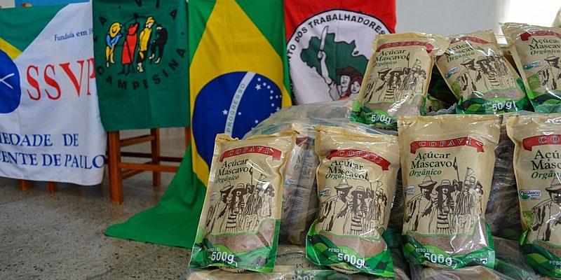 Cooperativa do MST no Paraná faz campanha para fortalecer doações de alimentos