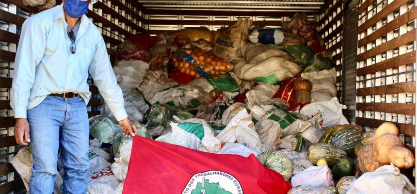 Famílias Sem Terra e posseiras preparam doação de 50 toneladas de alimentos neste sábado (30), no PR