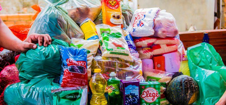 MST e MAM distribuem cestas para sete comunidades de Porto Alegre