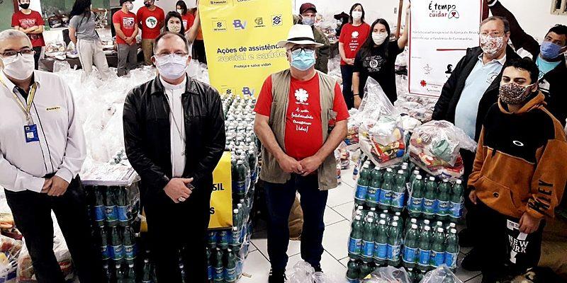 Tempo de cuidar: 1.400 famílias recebem cestas em Campanha e Sul do RS