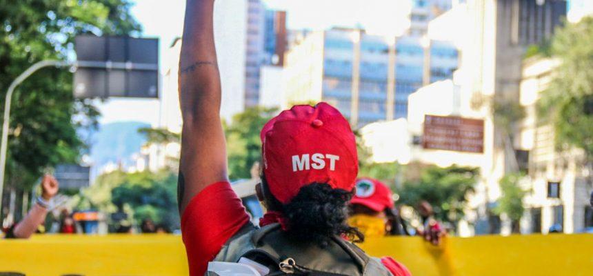 Em MG, MST lança Plano Emergencial de Reforma Agrária em ações por todo estado