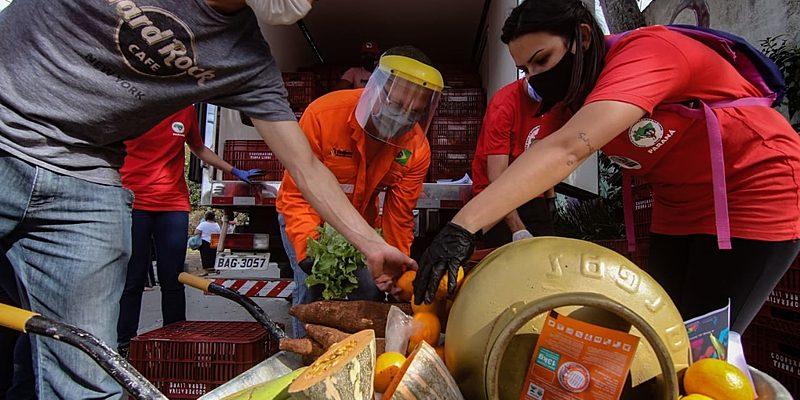 Neste sábado, Sindipetro e MST doam alimentos e gás em Curitiba e Araucária (PR)