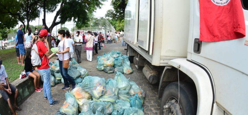 Mais de 40 entidades em Aracaju recebem 25 toneladas de alimentos do MST