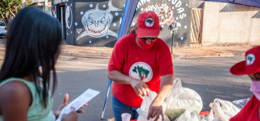 Em SP, Grito dos Excluídos inclui doação de alimentos saudáveis