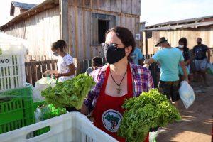 MST, Agricultura Familiar e Padarias Comunitárias doam alimentos em Curitiba e Araucária