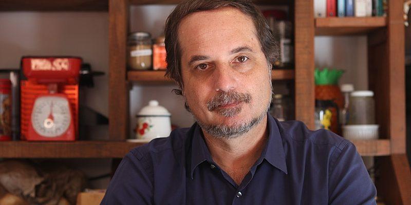 Rodrigo Vianna apresenta programa sobre os principais fatos políticos da semana
