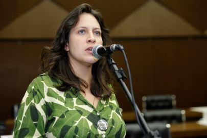 Governo Zema tenta fazer mais um despejo e prende vereadora Isabella Gonçalves