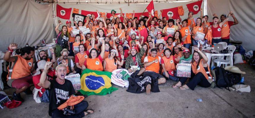 Informar, formar e organizar para luta popular no Brasil