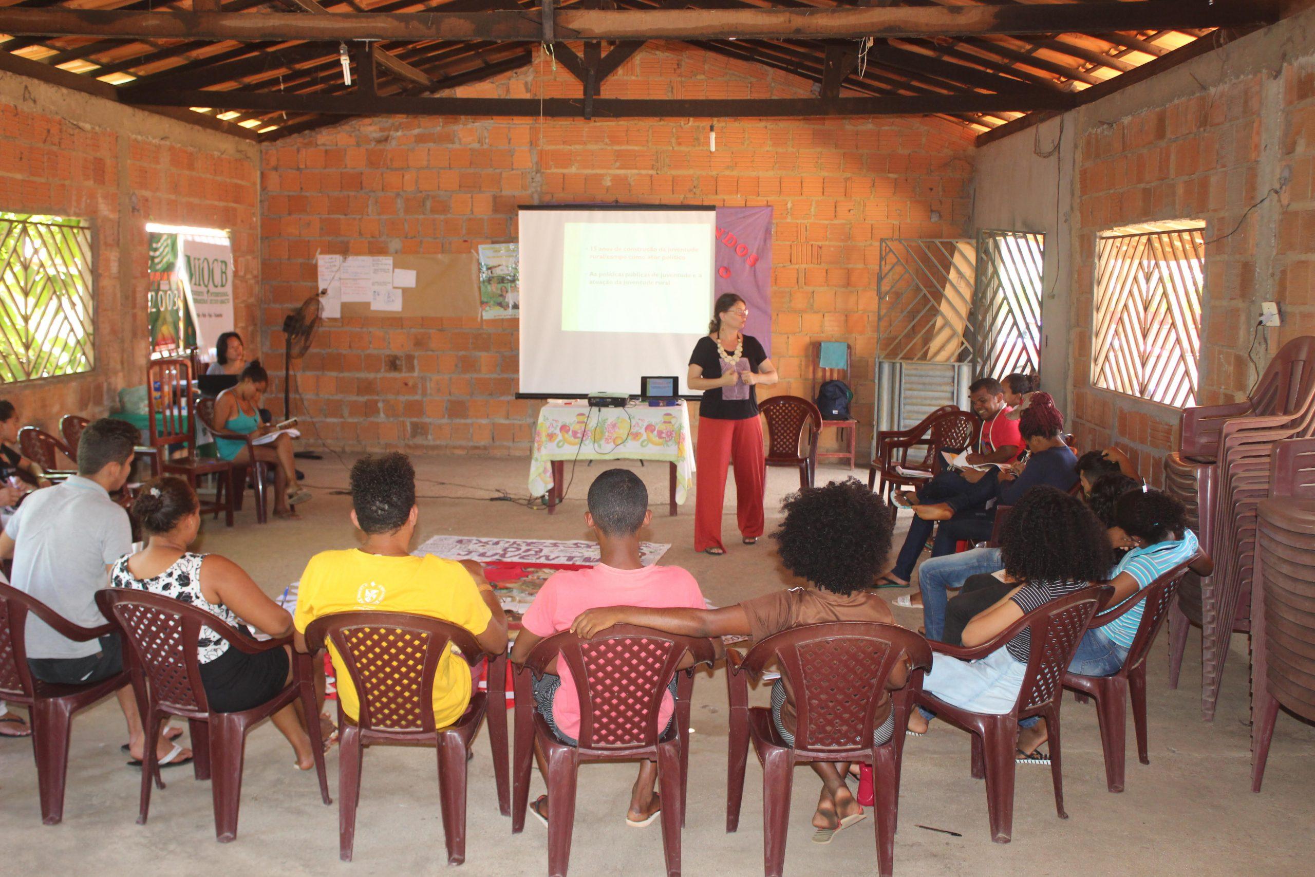 Pesquisa no Bico do Papagaio mostra falta de incentivo à permanência de jovens no campo