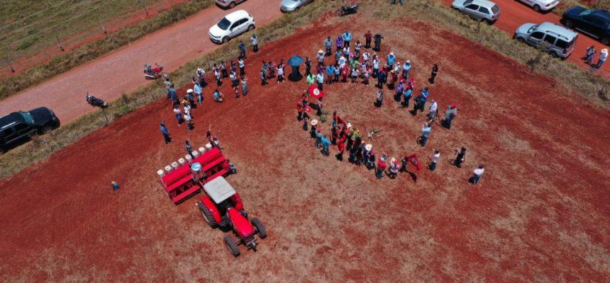 MST começa a plantar soja orgânica no Mato Grosso do Sul