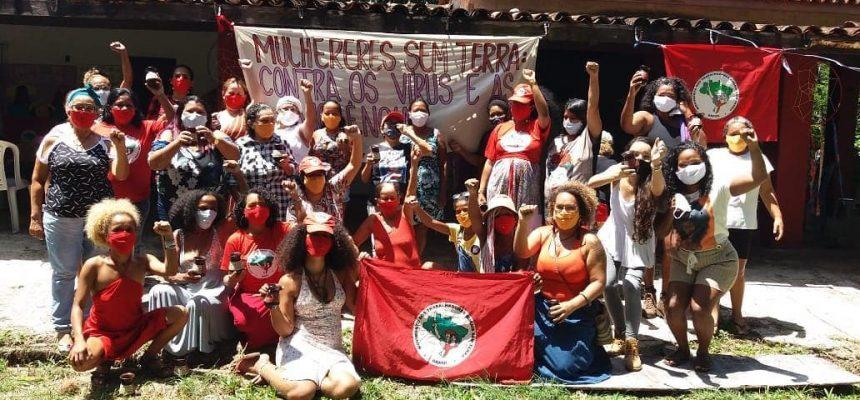 25 de novembro: Mulheres Sem Terra cultivam o afeto na luta contra violência