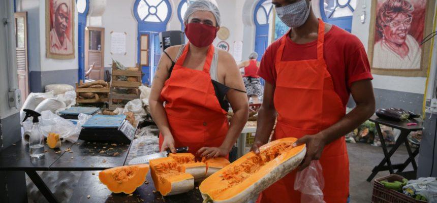 Feira do MST entrega quase mil Cestas da Reforma Agrária no Rio de Janeiro