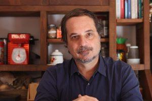 Diplomacia desastrosa do Brasil e falta de insumos da vacina, no Tempero da Notícia