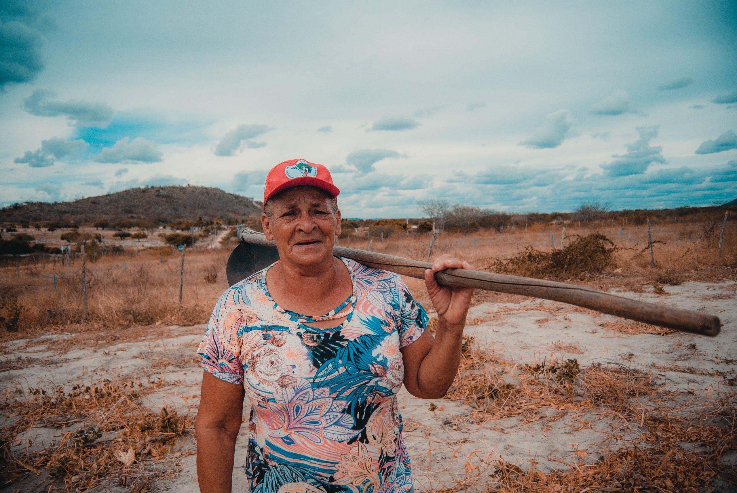 Destruição de políticas públicas agrárias impactam principalmente a vida das mulheres do campo