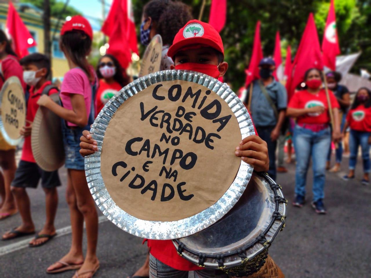 Congresso Nacional deve votar veto de Bolsonaro ao Projeto de Lei 823 contra a fome nesta segunda (27)